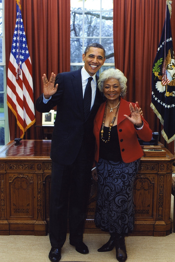 d5f15eb36c11401a9f1c46c8fc9467a3 Taken 2/29/12 in the Oval Office   Live Long & Prosper! on Twitpic